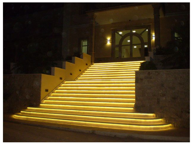 Lighting Basement Washroom Stairs: Led Outdoor Stairs Strip Light Examples