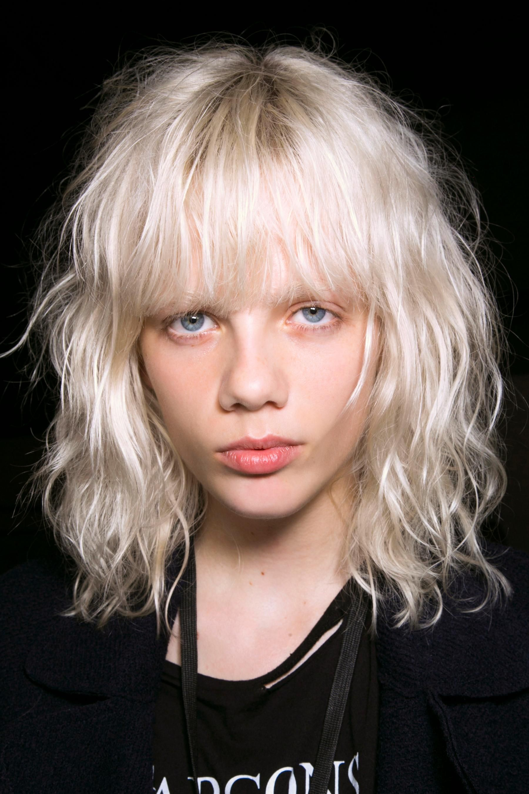 The Foolproof Way to Cut Your #Bangs, No Matter What Length They Are. Save some time and money with these quick tricks.