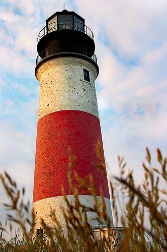 Lighthouse against a blue sky - Lighthouses | Pinterest - Vuurtorens ...