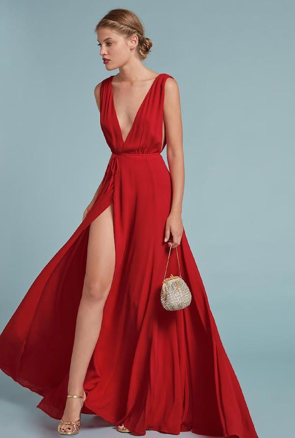 This non-traditional red wedding dress is STUNNING. | Weddings Your ...