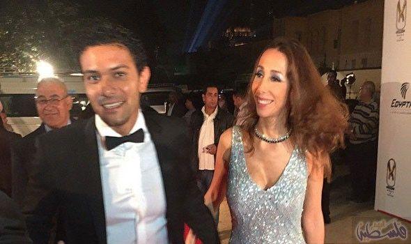 آسر ياسين يفصح عن صورة جديدة برفقة زوجته داخل الجامعة الأميركية في القاهرة Formal Dresses Dresses Sleeveless Formal Dress
