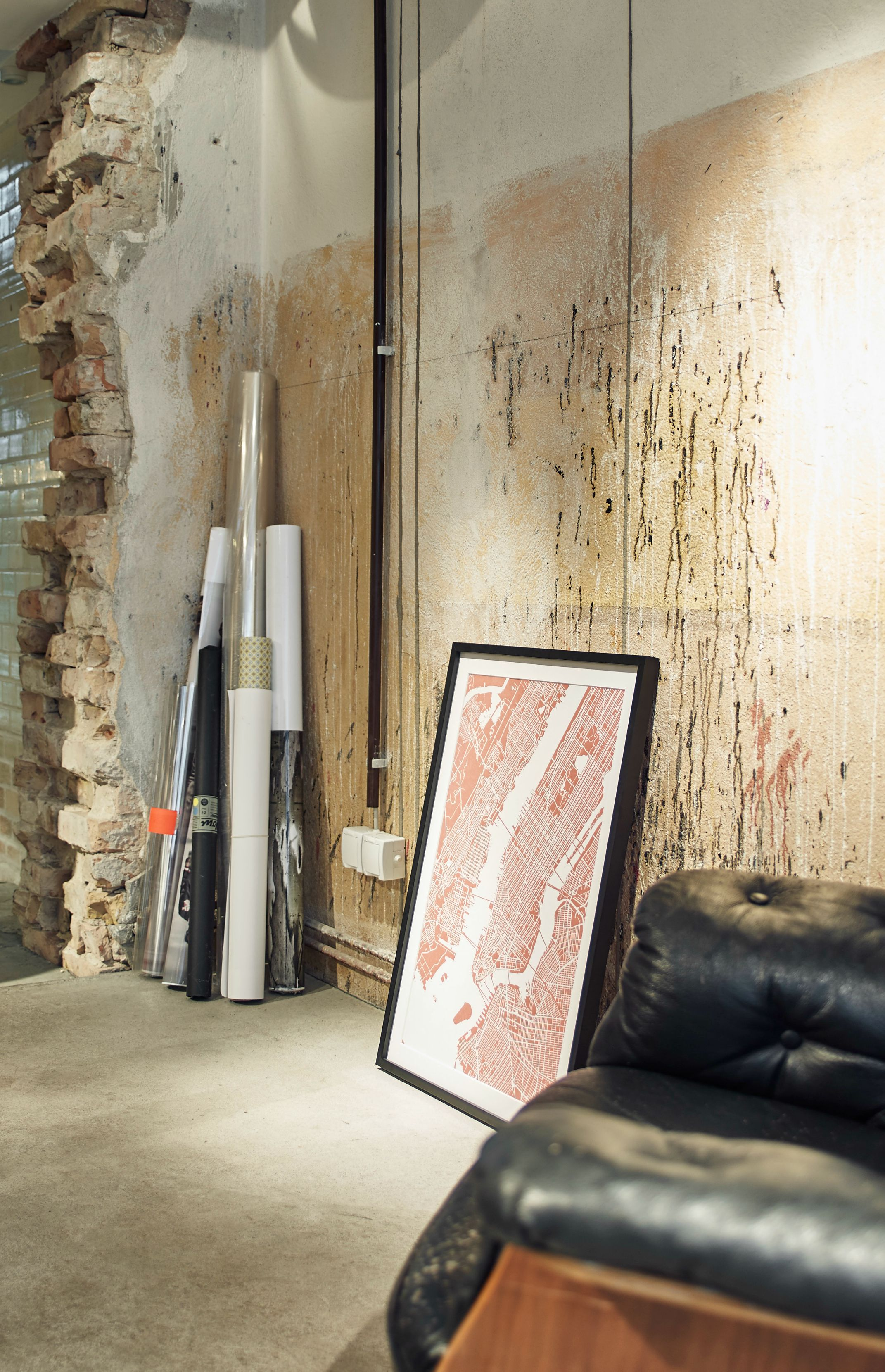 What's your favourite place? Create and customise a map print of anywhere in the world at Mujumaps. Industrial living room with exposed brick wall.