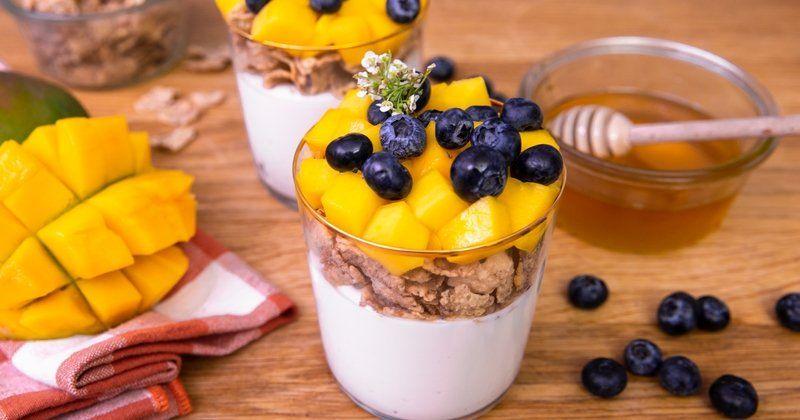 Partez du bon pied avec le petit déjeuner arc en ciel, un concentré de saveurs ! #verrinessalees