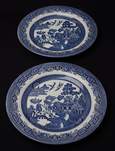 Pair of Churchill Blue Willow China Dinner Plates England - Displayed not used