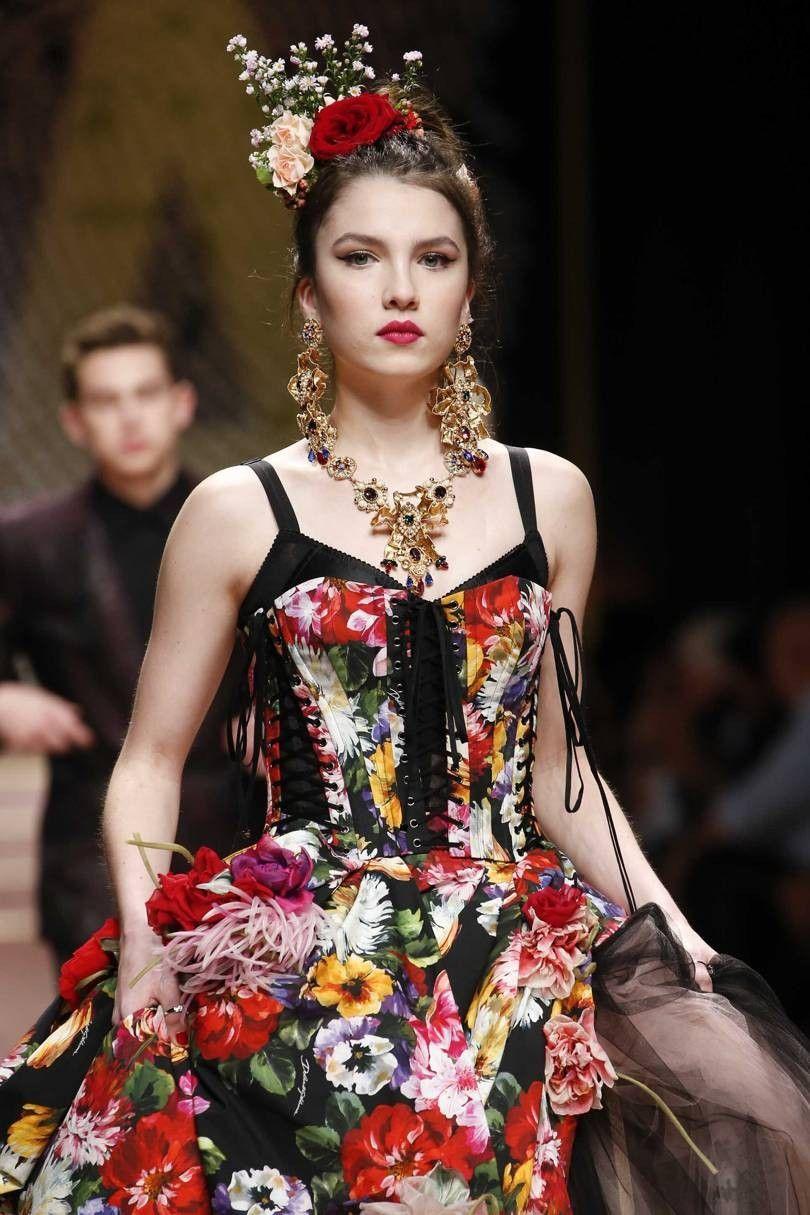 Dolce & Gabbana Spring/Summer 2019 DGDNA Women's Fashion
