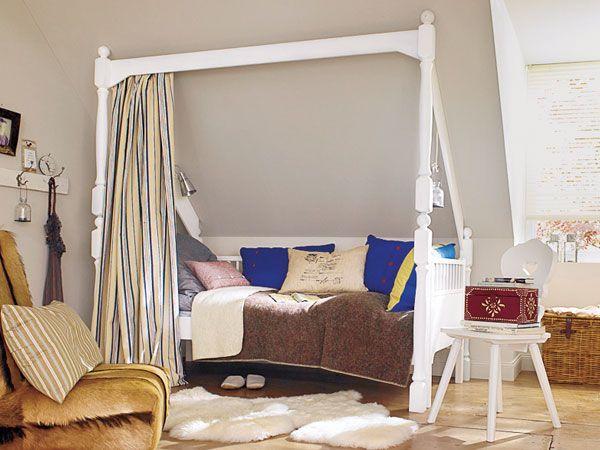 schräge 1 Wohnen, Kinderbett dachschräge, Einrichtungsideen