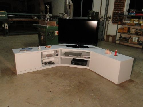 Meuble bas design pour tv et rangements dvd d co jaune - Meuble tv bas et long ...
