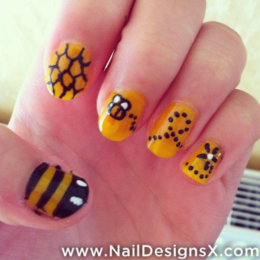 bee 4 nail art | Animals Nail Designs & Nail Art | Pinterest | Bees ...
