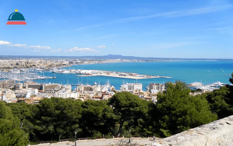 ¡De locos! Viaje a Palma de Mallorca vuelo y hotel 8 días