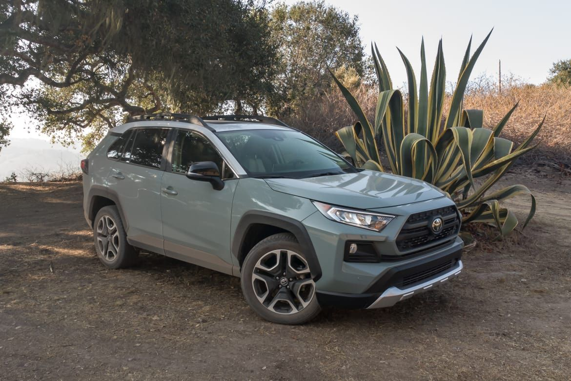 2019 Toyota RAV4 5 Things We Like (and 5 Not So Much