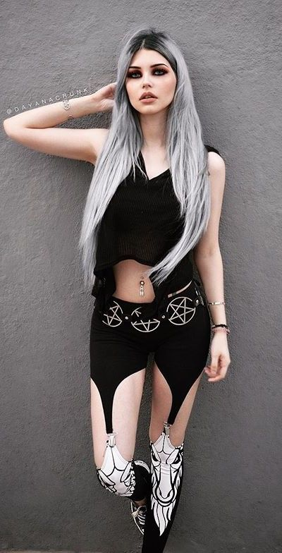 I should of put this in hair/makeup..don't care for the fit..she is just gorgeous..never wanted to do the grey look but gotta say starting to get inspired