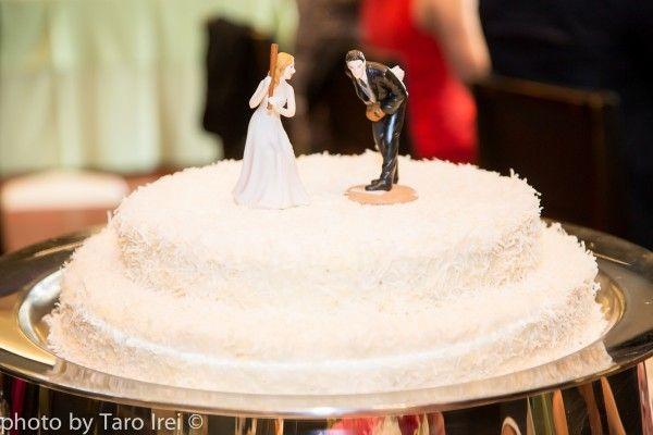 FUN and TASTEFUL, CLASSIC Baseball Wedding in Spring | One Sweet Day #weddingcake #cake #wedding #ウェディング #結婚式 #ウェディングケーキ #ケーキ