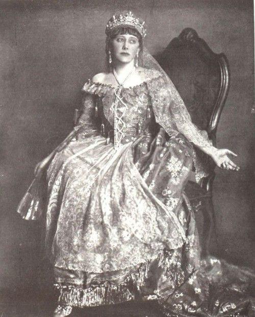 Gräfin Karolyi