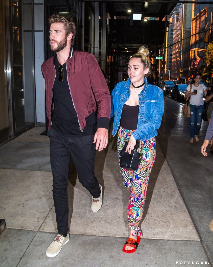 f3a250cc5c81 Miley Cyrus and Liam Hemsworth stepped out for a fun night on the town with  pals Bethenny Frankel and her new boyfriend