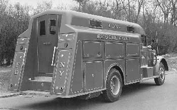 Fdny Rescue 1 1948 Mack New York A View Of The Back Of Rescue Fire Trucks Fire Rescue Rescue Vehicles