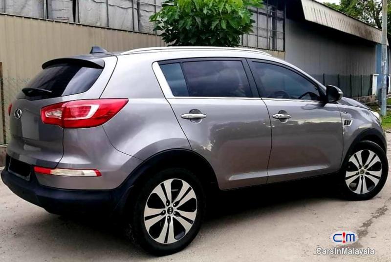 KIA SPORTAGE 2.0 AWD AUTO SUV SAMBUNG BAYAR CAR CONTINUE