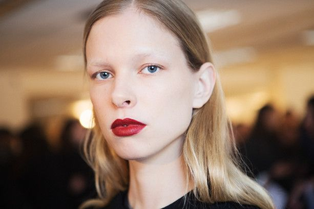 Best Makeup Trends, Looks NYFW Spring, Fall, Winter 2015, 2016: Bold Lips, Eyes, Shadows, Wild, Sparse Eyebrows - BeautyStat.com