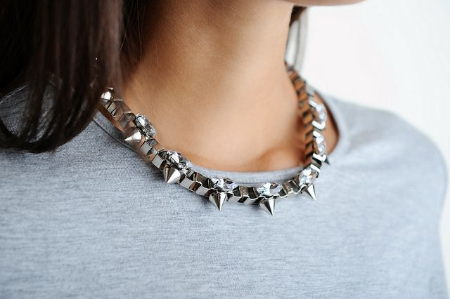 DIY Studded Box Chain Necklace