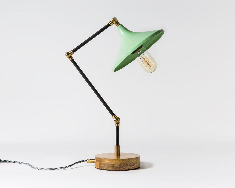 Good Grammophon Mintgr n handgefertigten Rohr Lampe mit Holzsockel Schreibtischlampe mit Vintage Stil Edison