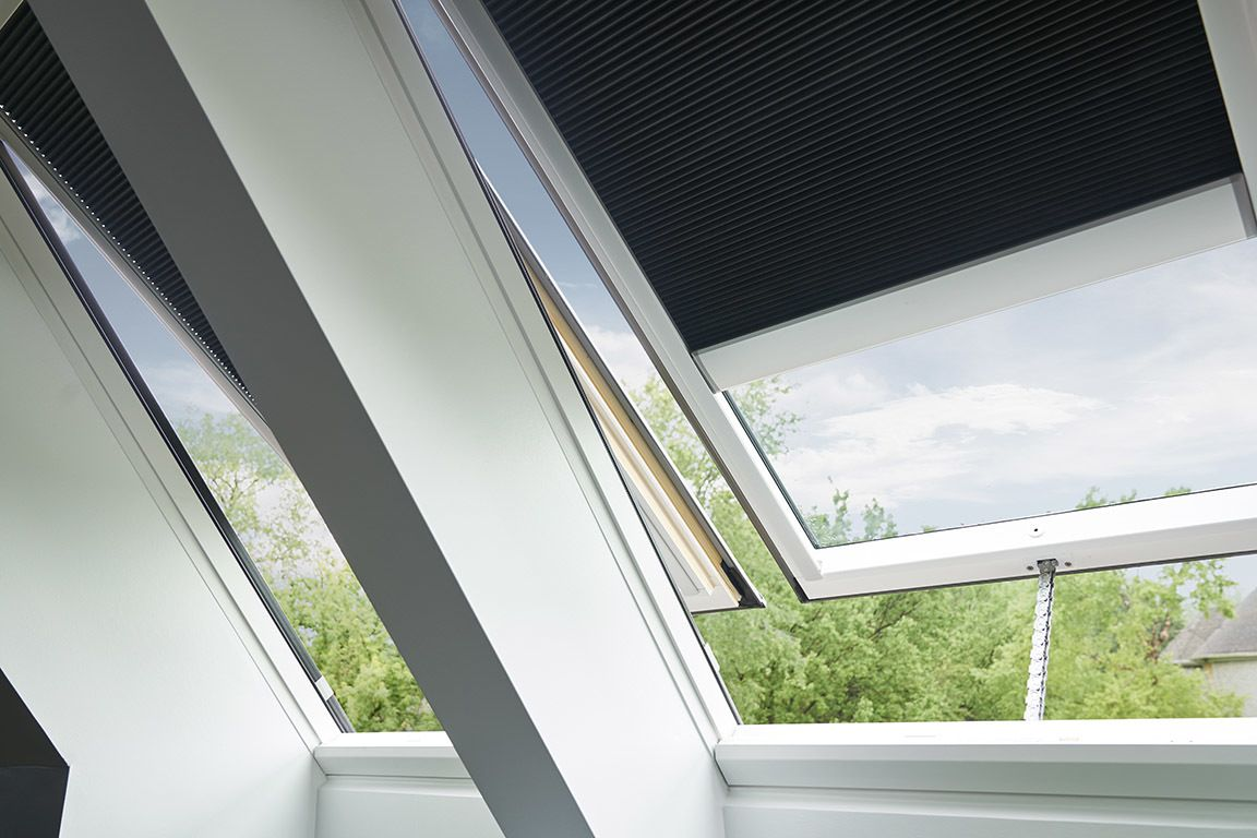 Learn How Velux Neat Gl Uses Sunlight And Rain To Stay Cleaner Than Regular Skylight Shade Skylights
