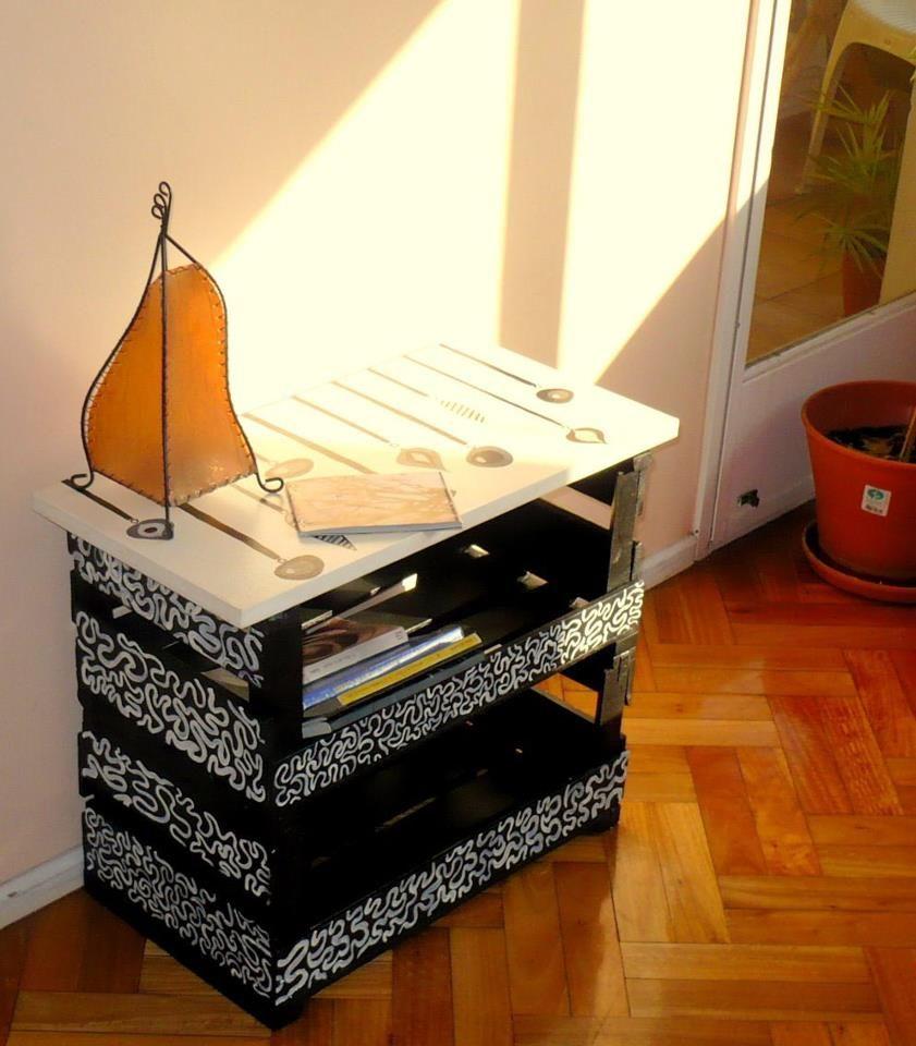 Ideas varias para reciclar y decorar cajones de fruta for Muebles reciclados ideas