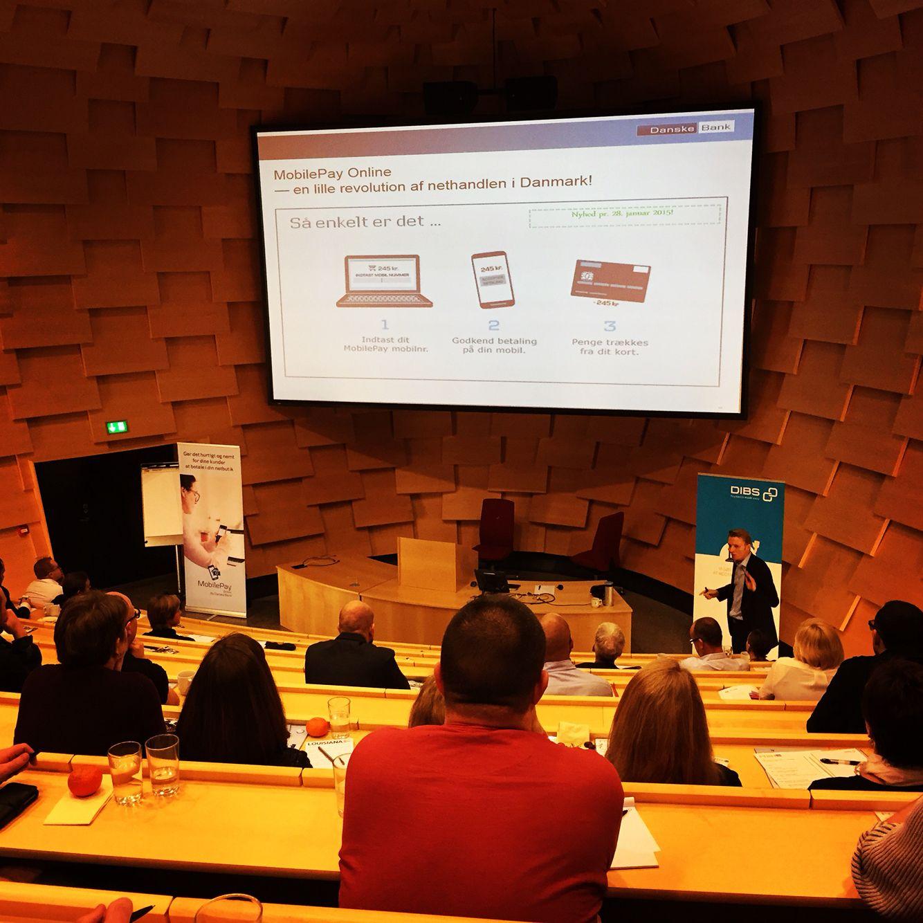 Til seminar om MobilePay som betalingsmulighed. Vi håber at have det på shoppen inden sommerferien