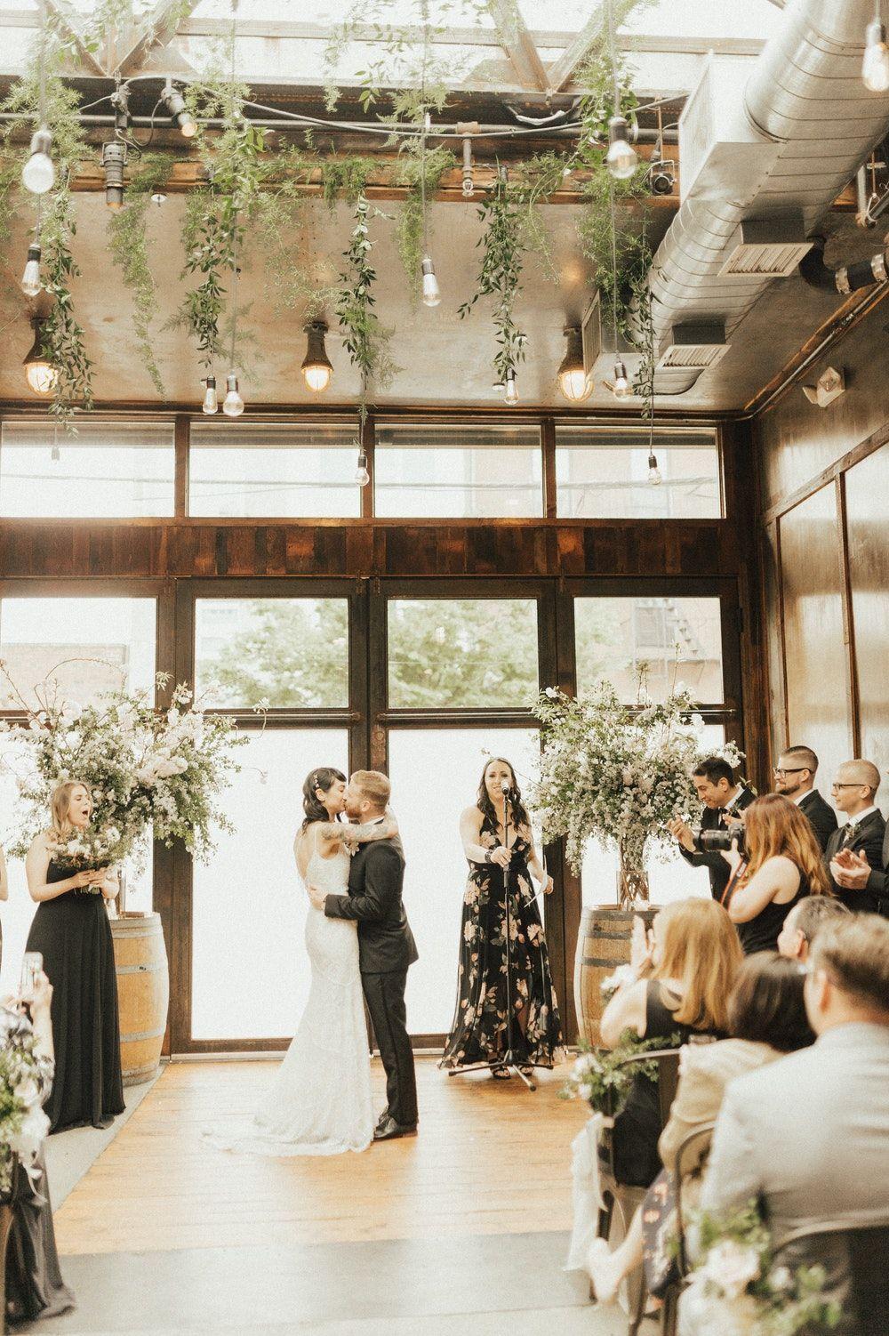Light Flooded Vintage Wedding At Brooklyn Winery New York Wedding Venues Brooklyn Winery Wedding [ 1502 x 1000 Pixel ]