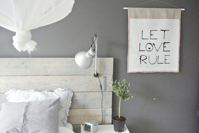 Diy hoofdbord signs & wall art pinterest bedroom home bedroom