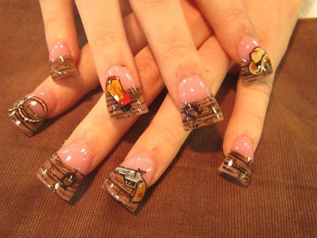 fond of nail shape