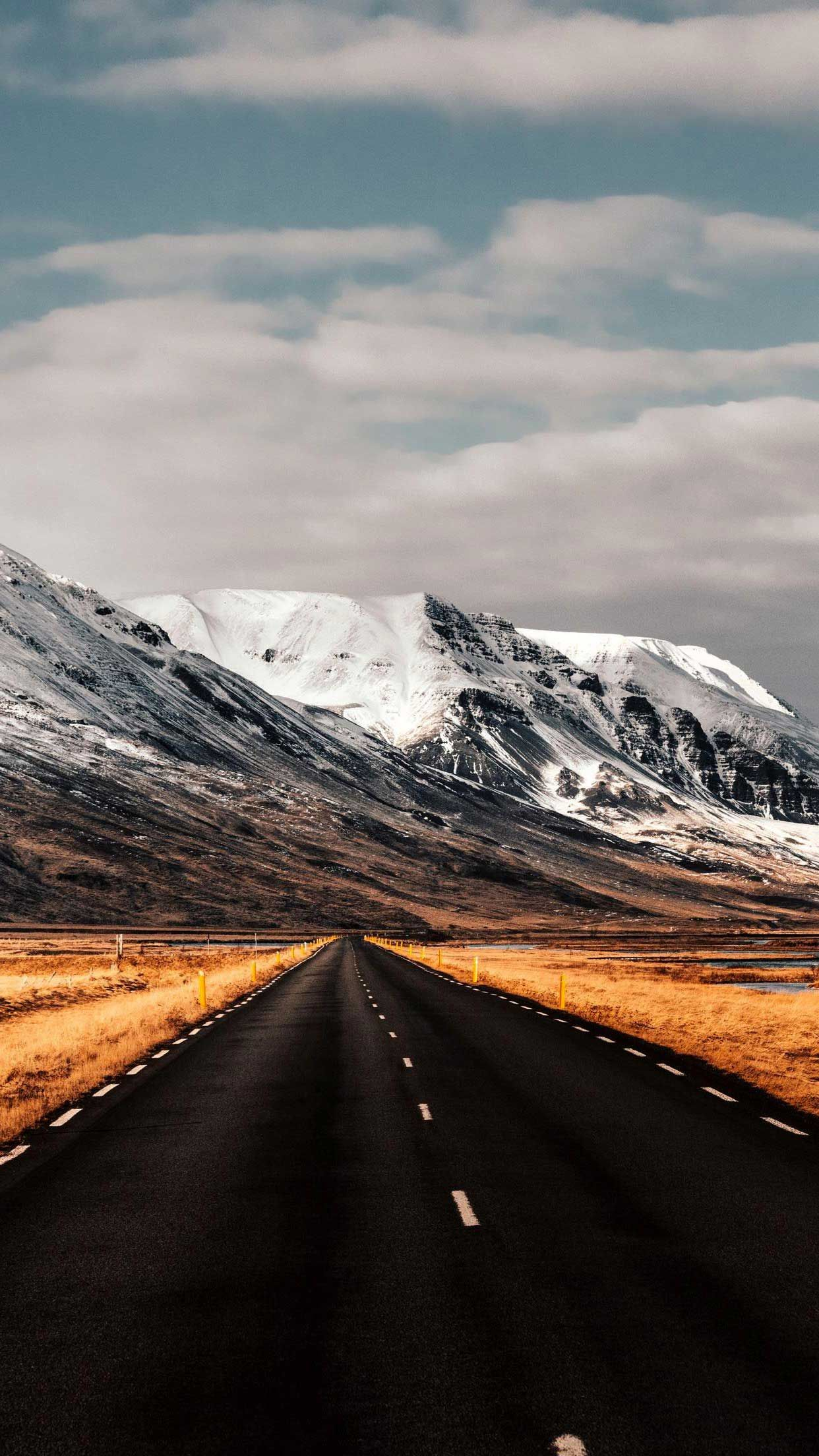 Road mountains iceland Iphone Wallpapers Hd in 2020