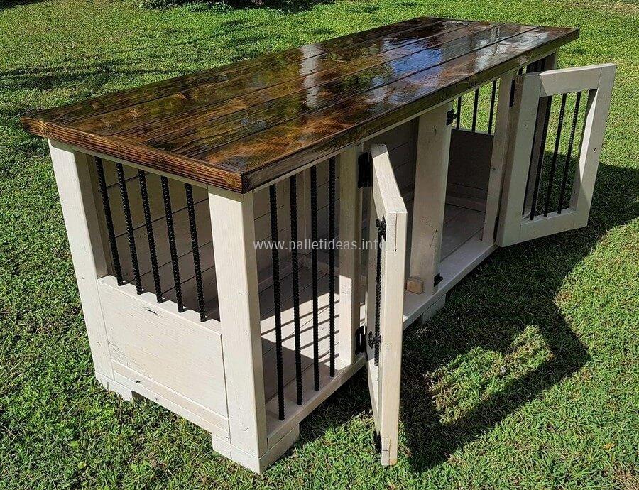 dog kennel out of wood pallets | Dog kennel, Dog crate ...