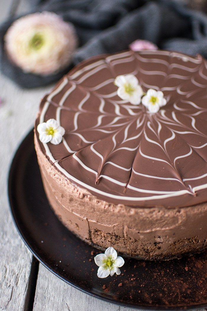 Brownie-Schoko-Mousse-Torte: Auszeit für Chocoholics ⋆ Knusperstübchen