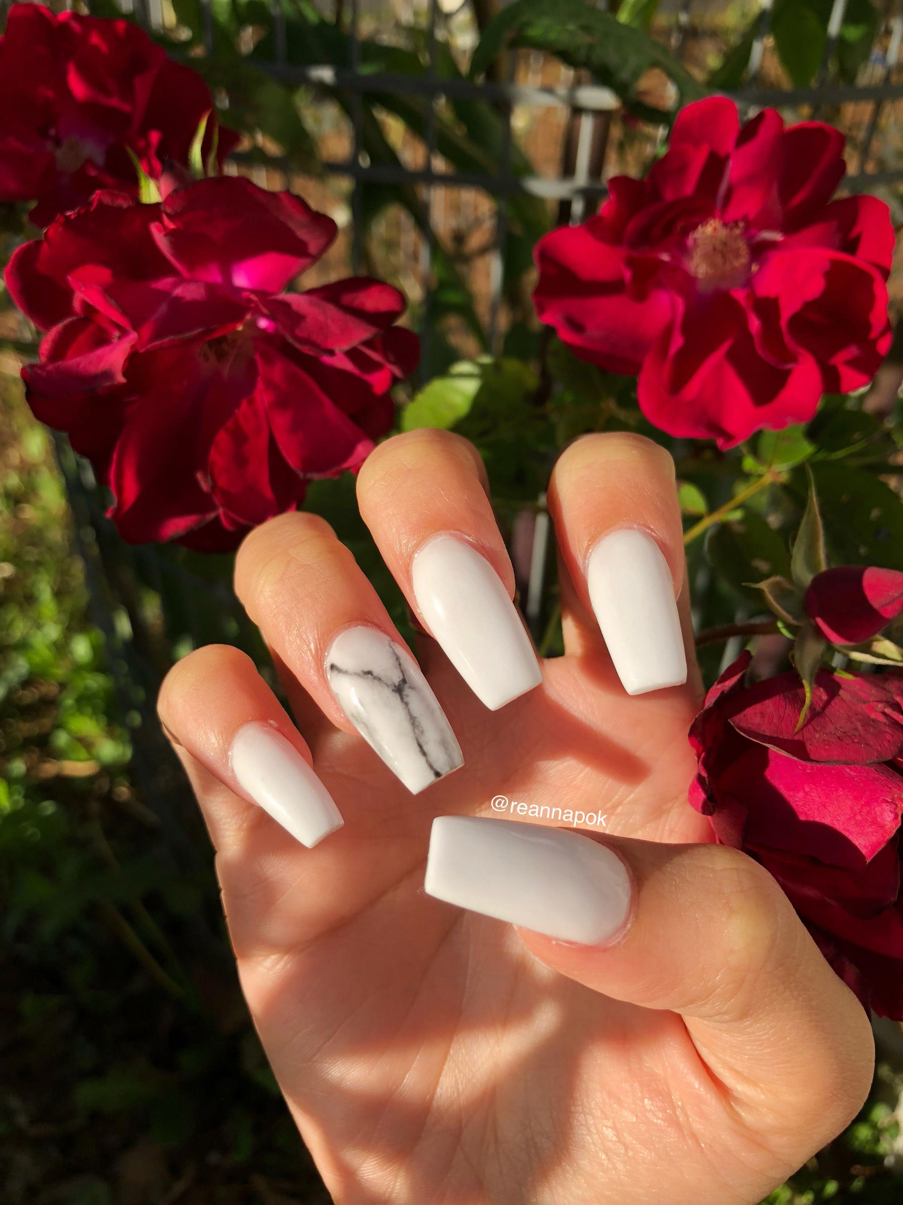 White Marble Acrylic Nails Acrylicnaildesigns White Acrylic Nails Marble Acrylic Nails Gorgeous Nails