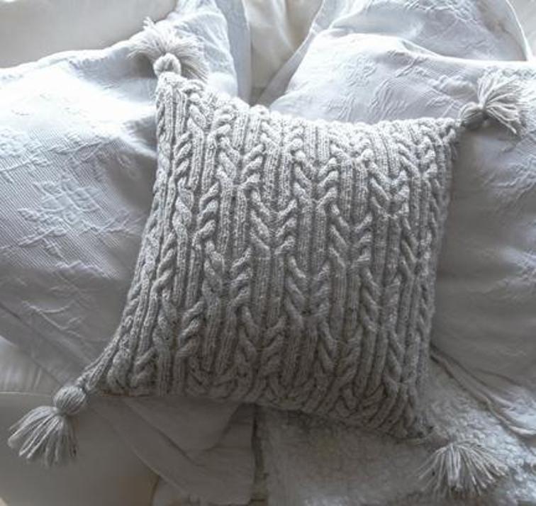 Aran Trellis Cable Cushion/Pillow   Knitted cushions ...
