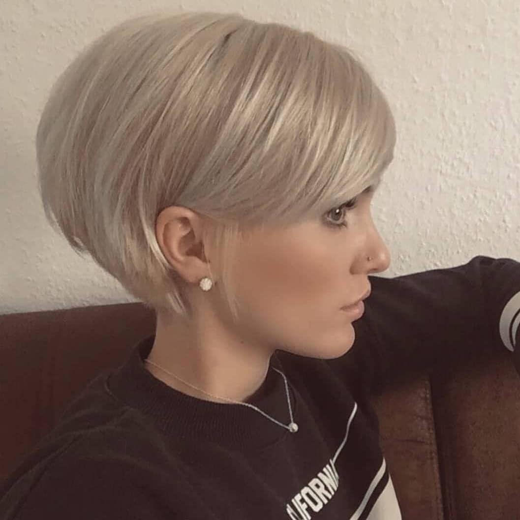 Unglaublich coole Frisuren für dünnes Haar   Pixie haircut for ...