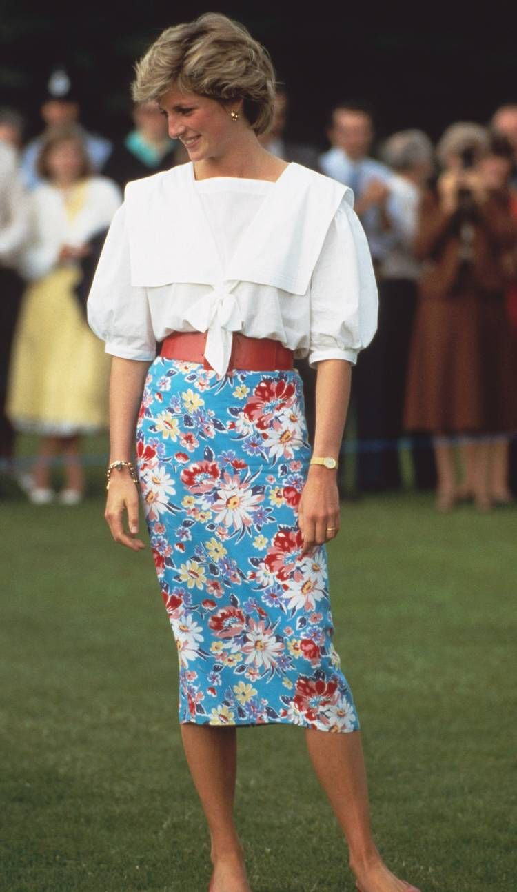 22 Princess Diana Outfits We'll Never Tire of Looking At