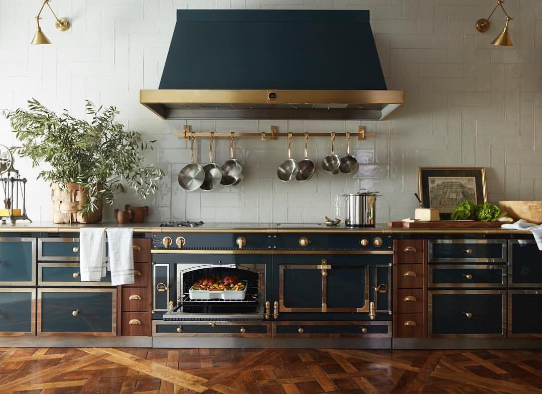 Black And Gold Range Kitchen  Black & Gold  Pinterest  Ranges Amazing Range Kitchen Decorating Inspiration