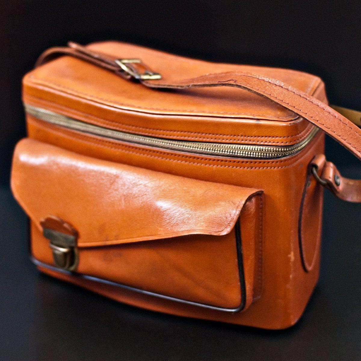Reserved Listing for keeganforte - Vintage 50s Perrin Plainsman 2 Leather Bag with Strap. $95,00, via Etsy.