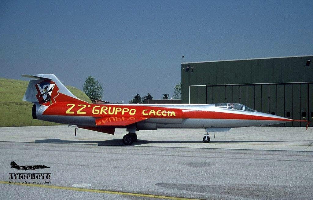 L'arrivo in Italia del primo Lockheed F104 Starfighter