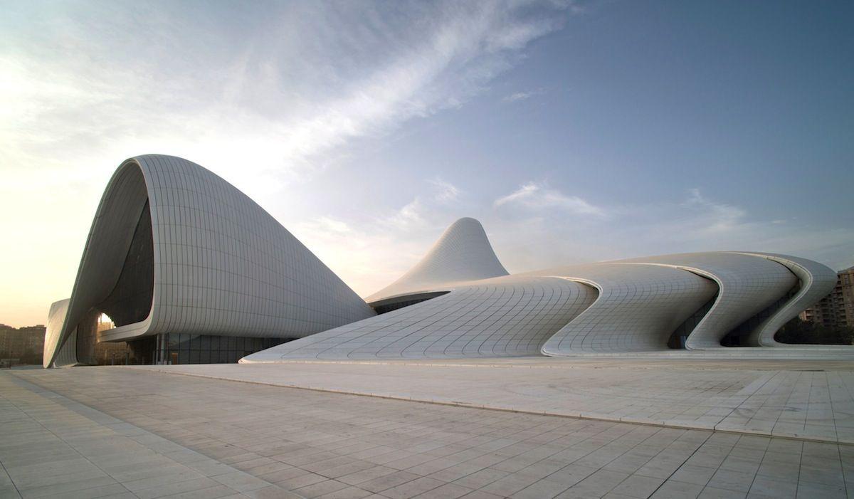 Avant garde organic forms in architecture inspiration for Arquitectura parametrica pdf