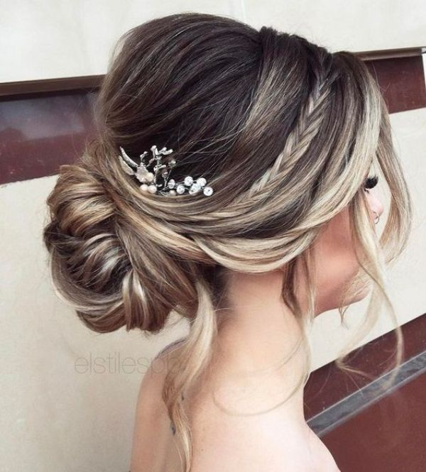 81 Beautiful Wedding Hairstyles For Elegant Brides In 2020 Pouted Com Long Hair Updo Long Hair Styles Wedding Hair Down
