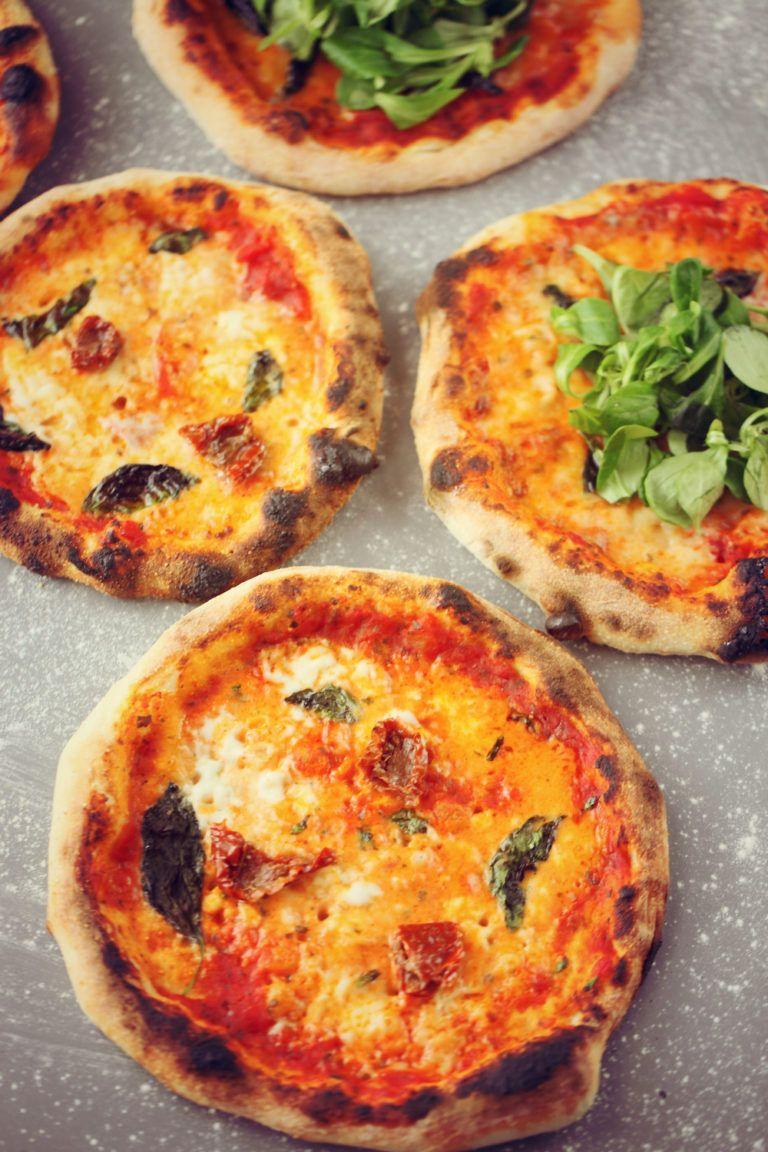 Recette de la meilleure Pâte à Pizza maison à fermentation ...
