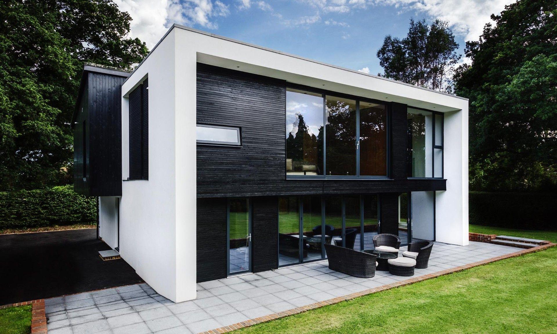 Pin de en pinterest fachadas arquitectura for Arquitectura moderna casas pequenas