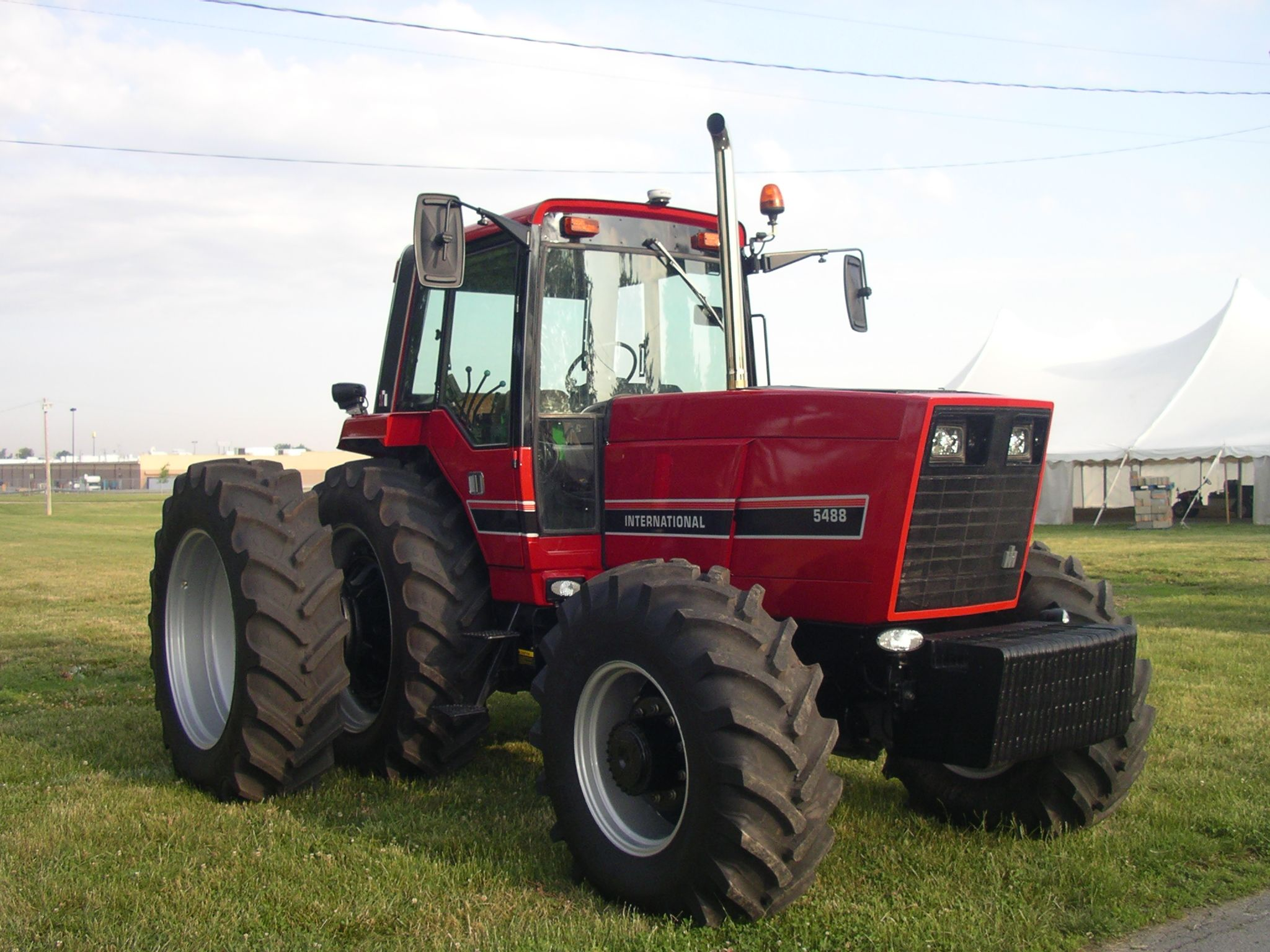 Case International Harvester Tractor : Ih red power round up lima oh pinterest