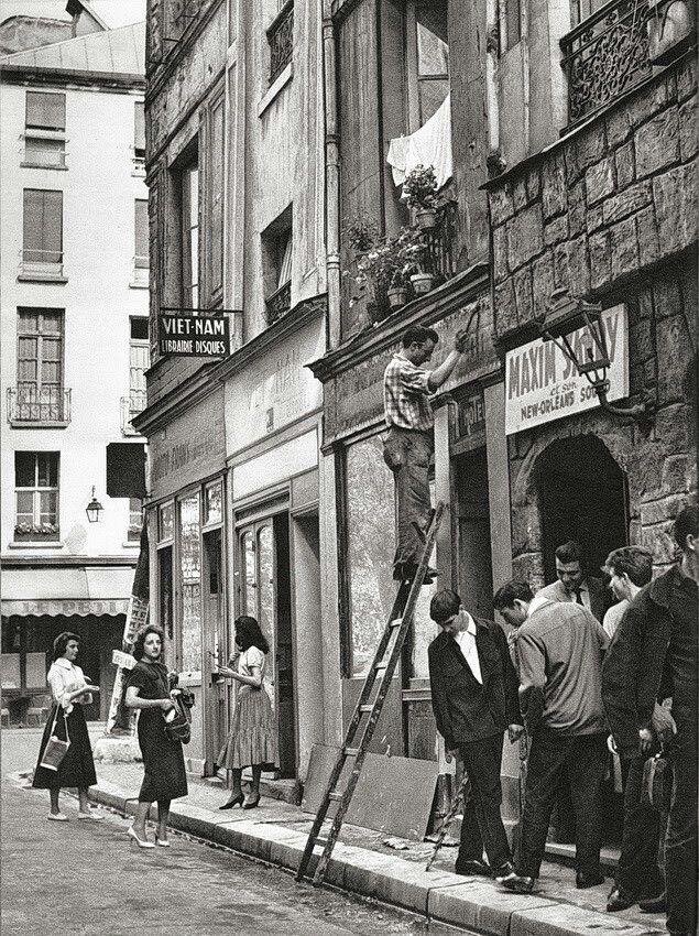 Daniel Frasnay, France  -   Rue de la Huchette, Paris. 1950s