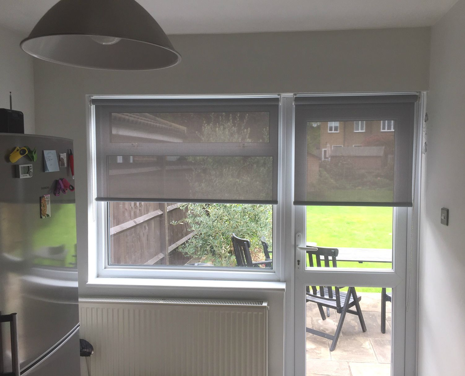 Sunscreen Roller Blinds On Door And Window In Kitchen Surrey Made To Measure Linenblinds Blinds For Bifold Doors Custom Window Blinds Blinds For Windows