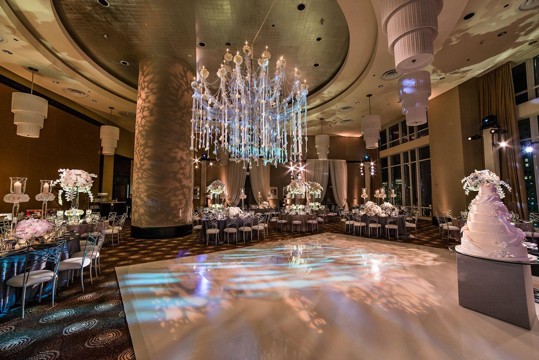 trump tower chicago wedding decor by hmr designs