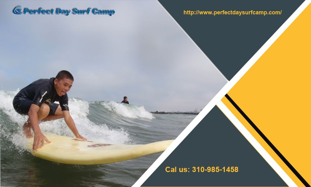 Group Standup Paddle Boarding Lessons For Less Than 50 At Manhattan Beach The Experts Help You Learn How To Pick Up Board Properly