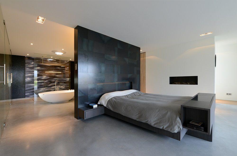 Villa O - luxe slaapkamer met open haard Stalen wand van Vanstaal ...