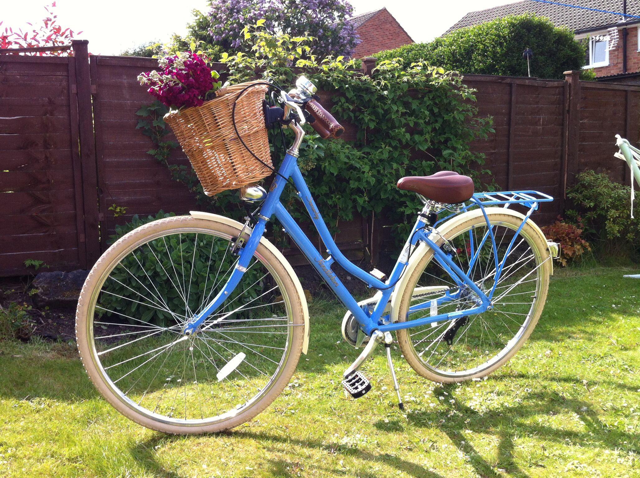 Vicky pendleton bike